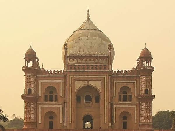 Cheap Flights from Singapore to New Delhi