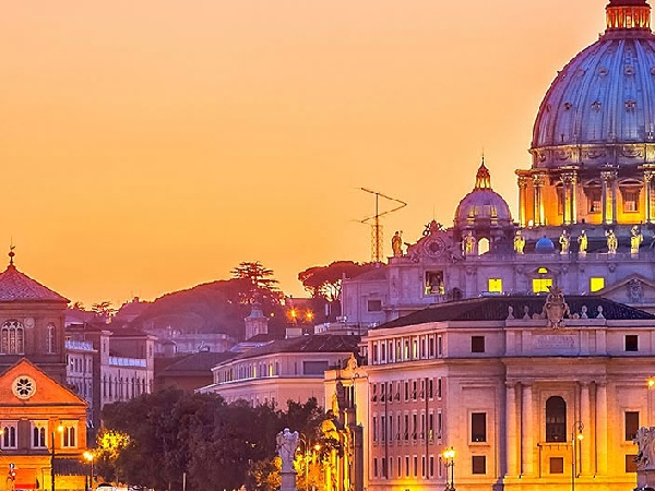 Cheap Air Tickets from Hamilton to Rome