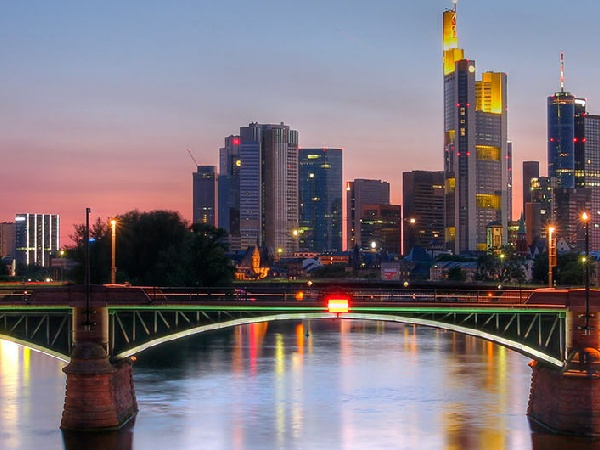 Cheap Airfares from Singapore to Frankfurt