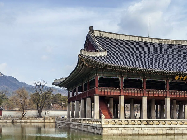 Cheap Flights from Singapore to Seoul