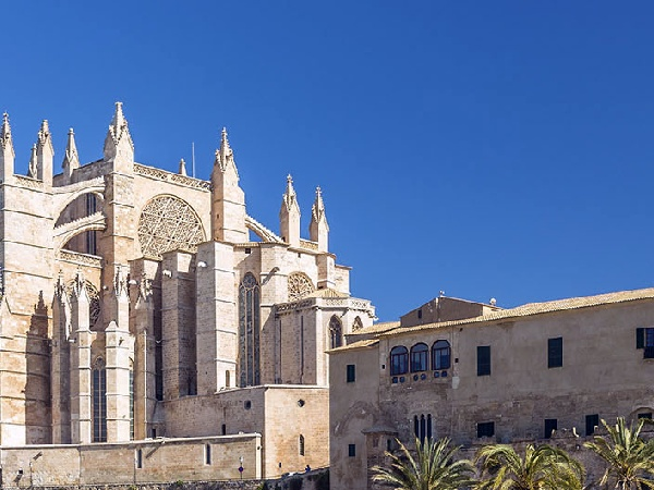 Cheap Flights from Luxembourg to Palma