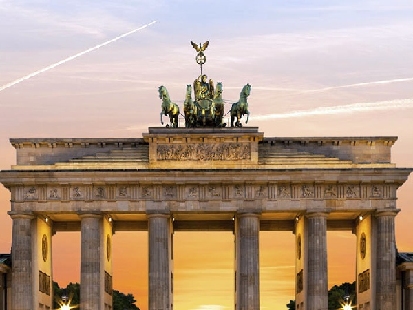 Cheap Flights from Luxembourg to Berlin