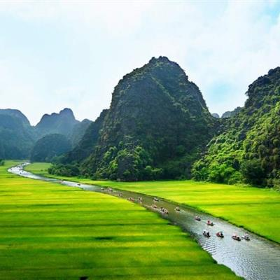 Vietnam Tour Package from Chan Brothers Travel