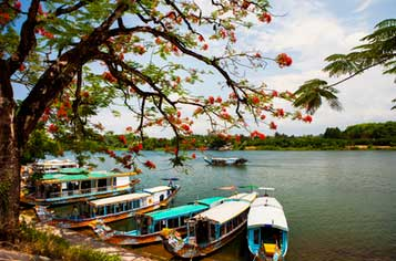 Vietnam Tour Package from Lokopoko