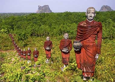 Myanmar Tour Package from Lokopoko