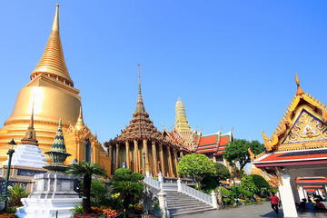 Viator – Private Tour: 4-Hour Grand Royal Palace Tour from Bangkok. Walk in the footsteps of royalty on a private, half-day tour of Bangkok's Grand Palace and Wat Phra Kaew. Duck beneath the elaborately stepped roofs of the throne hall and wind around a gleaming, gold chedi that holds relics of .